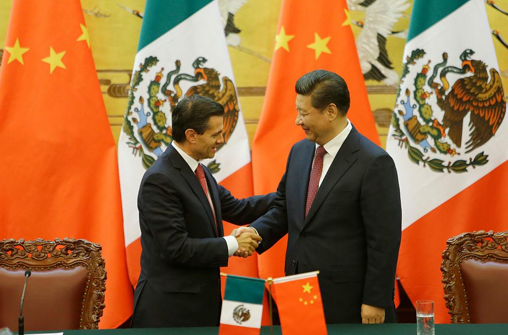 Académicos y expertos analizan relación comercial México China