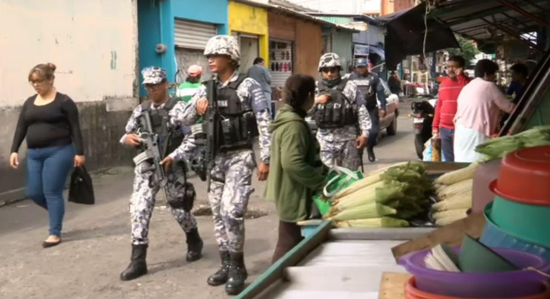 Refuerzan vigilancia en inmediaciones de mercados en Veracruz