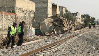 Autoridades de Ecatepec entregan apoyos a sobrevivientes de choque de tren