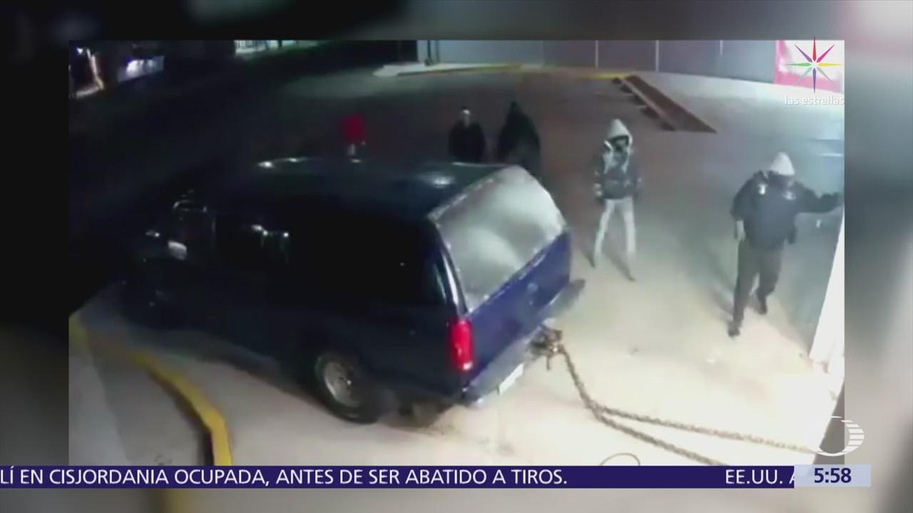 Alarma frustra intento de robo de cajero automático en Ecatepec