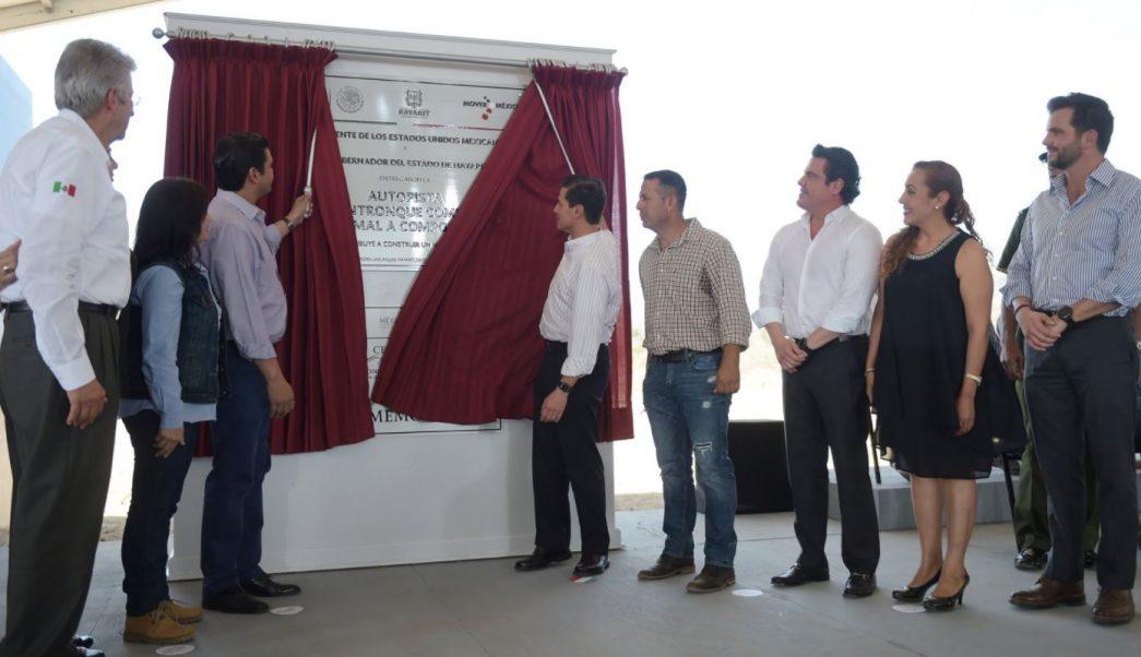 EPN entrega primera etapa de la autopista Jala-Compostela, en Nayarit