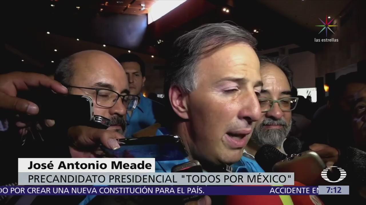 Meade dice que los funcionarios deben ser consistentes en lo que ganan y tienen