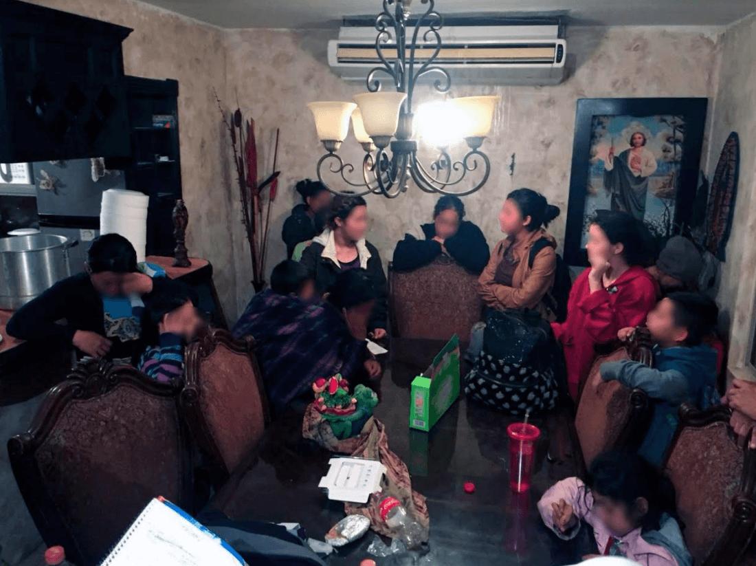 Rescatan a 229 migrantes en casas de seguridad en Matamoros