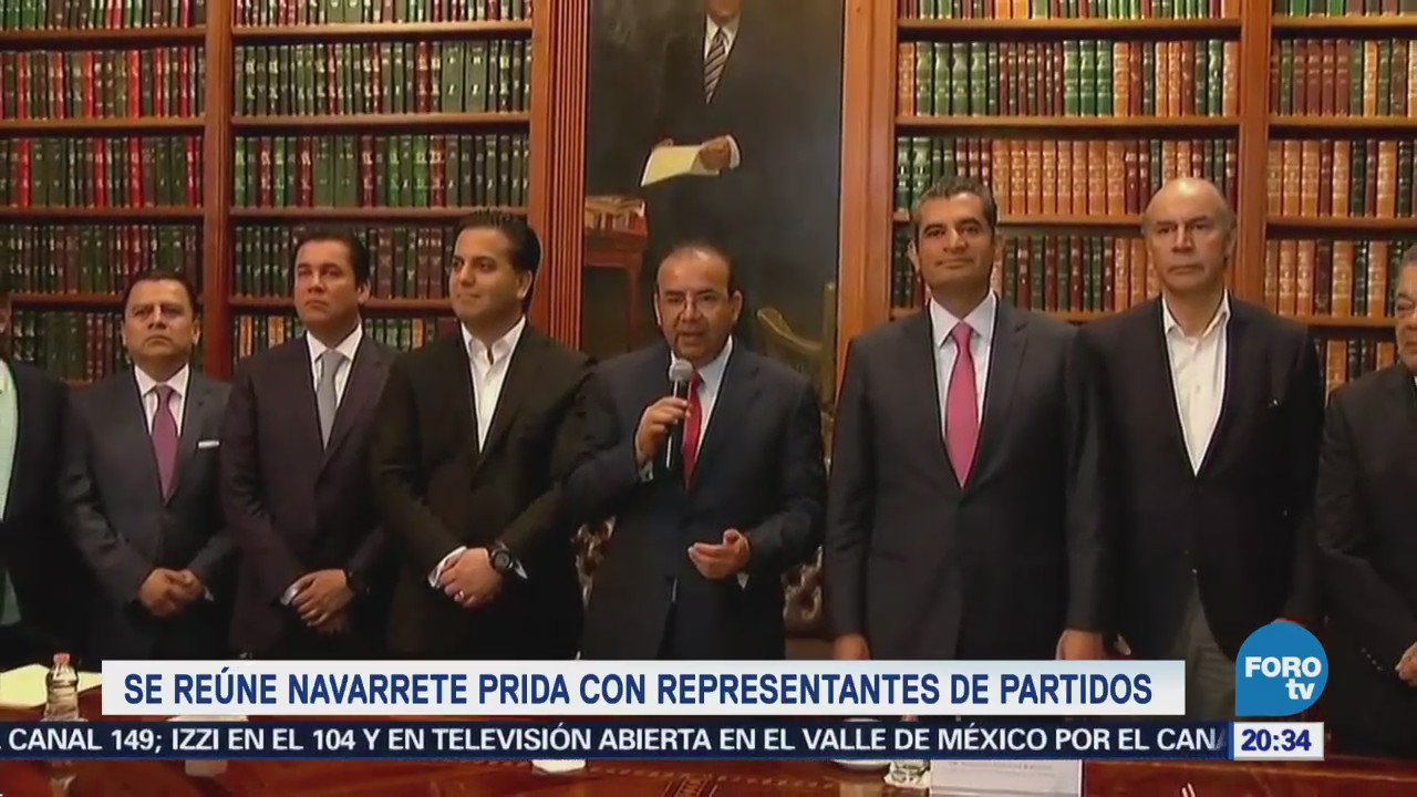 Navarrete Prida se reúne con representantes de partidos