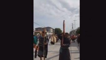 Balacera interrumpe representación del viacrucis en Tamaulipas