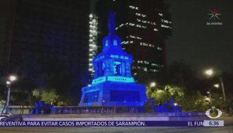 Iluminan monumentos CDMX de azul por 'Día Internacional del Síndrome de Down'