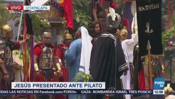 Jesús Presentado Ante Pilato Representación Pasión De Cristo En Iztapalapa