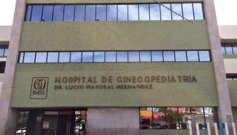 Médicos del IMSS retiran tumor a recién nacida en Hermosillo, Sonora. (Sitio oficial)