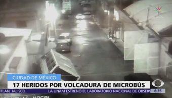 Video de 'Despierta' muestra exceso de velocidad de microbús que chocó en Iztapalapa