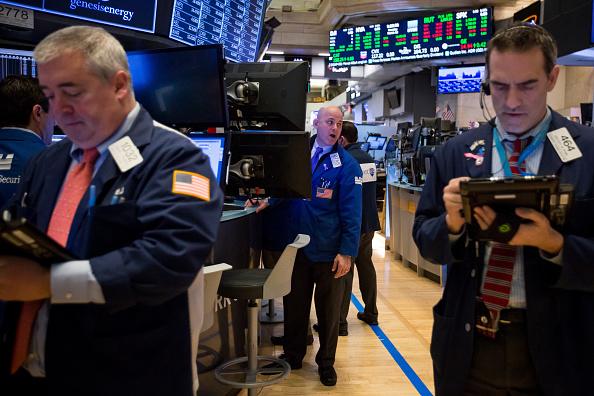 Wall Street abre al alza por avance del sector financiero