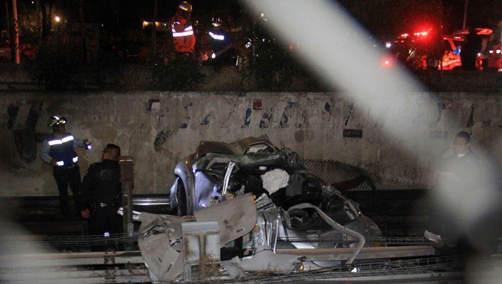 Investigan accidente del vehículo que cayó a vías del Metro
