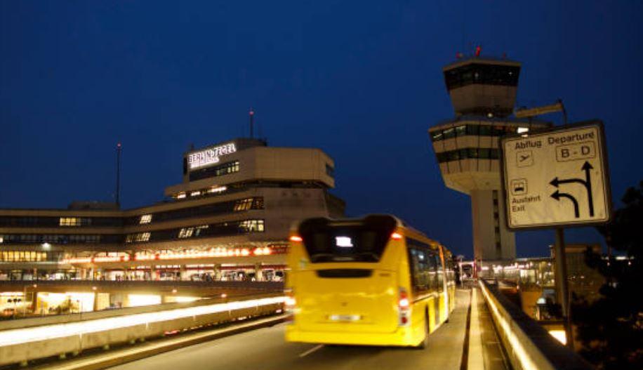 Berlín pone en marcha el primer autobús eléctrico con carga inalámbrica