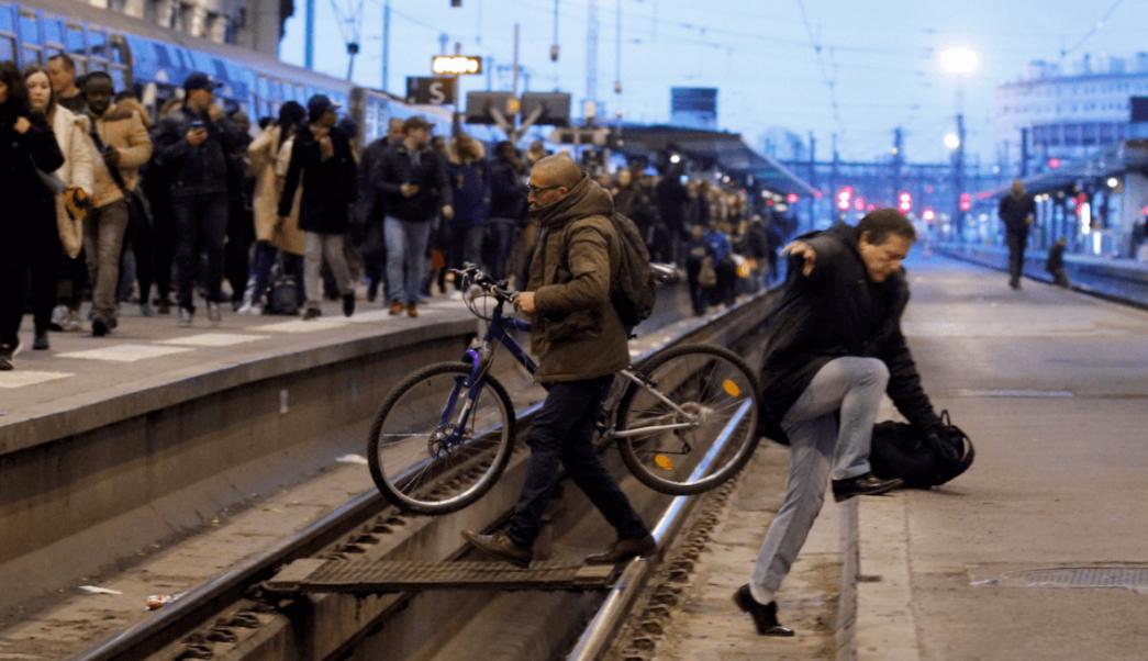 Caos en Francia por huelga de trabajadores ferroviarios