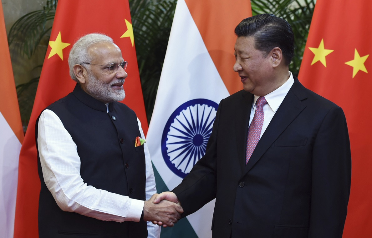 Líderes de China e India destacan importancia de relación