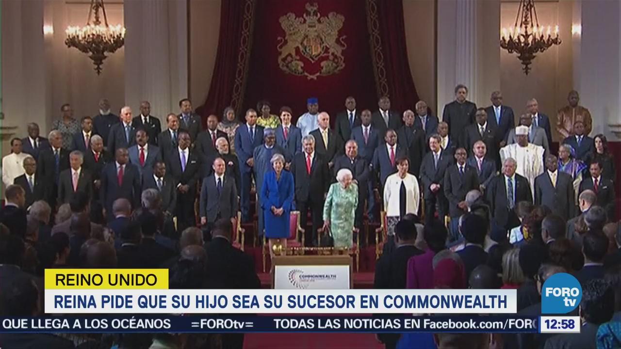 Reina Isabel II pide a la Commonwealth elegir al príncipe Carlos como sucesor