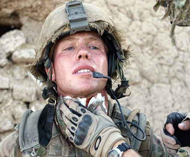 francotirador-estados-unidos-soldado-vende-medallas-guerra-comprar-casa