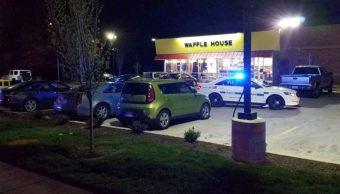 Tiroteo en restaurante deja al menos tres muertos en Tennessee, EU