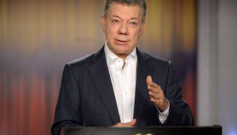 Santos pide a colombianos que voten