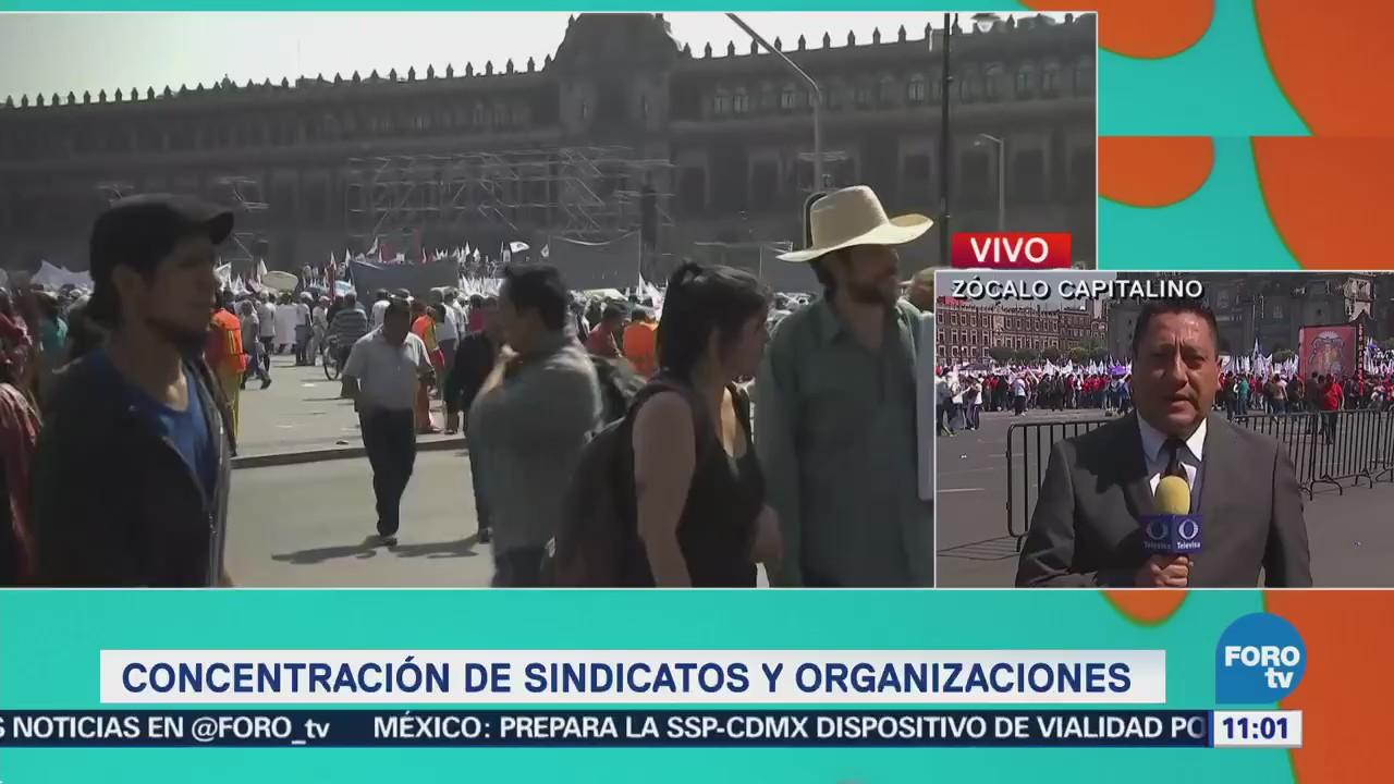 Continúa la llegada de trabajadores al Zócalo capitalino