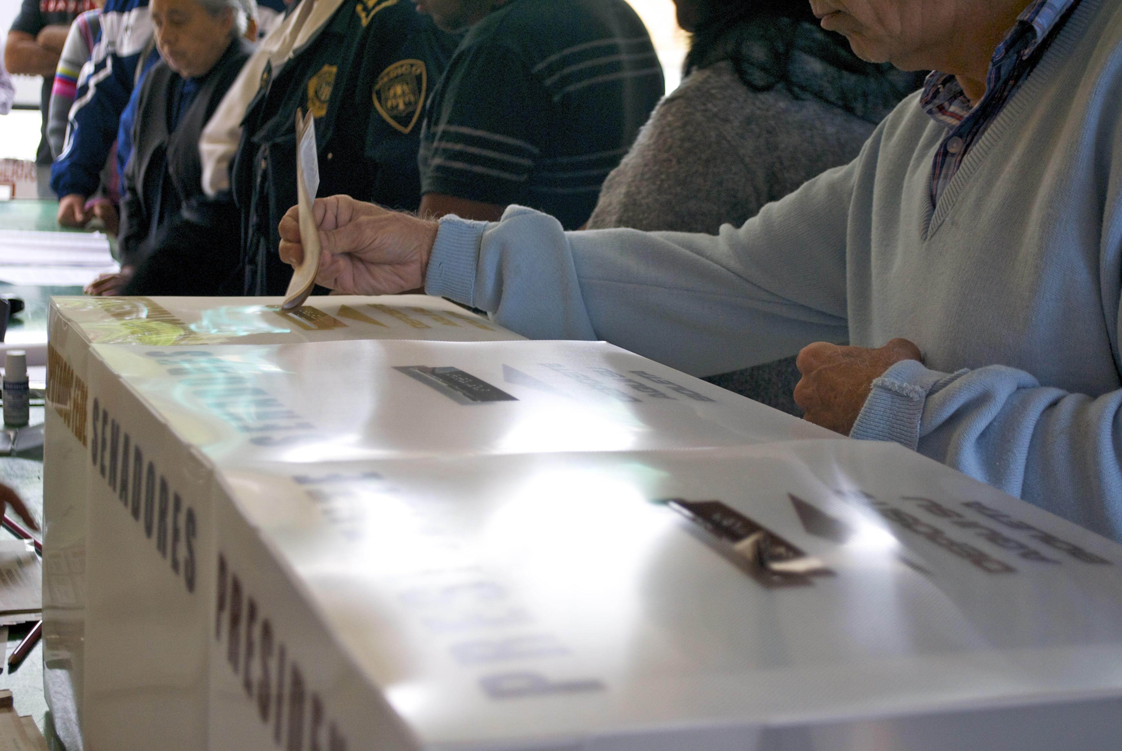 ine-admite-errores-proceso-electoral-desde-el-extranjero