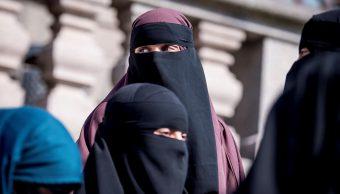 Dinamarca prohíbe uso del burka y nicab