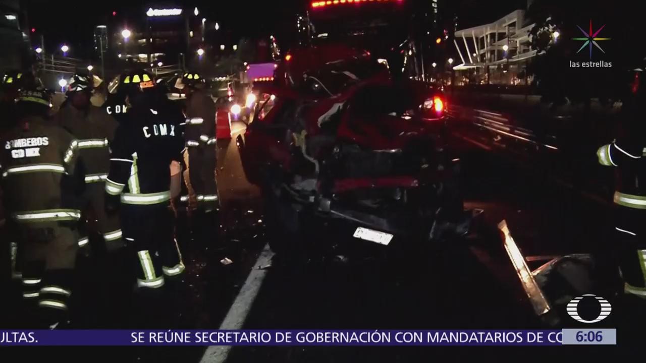 Tráiler arrolla a camioneta en la autopista México-Toluca