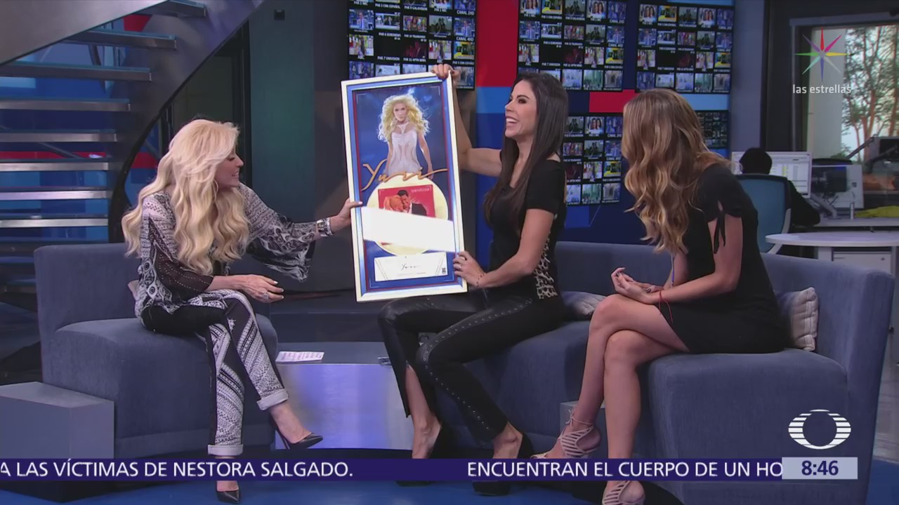 Yuri estrena video con Carlos Rivera