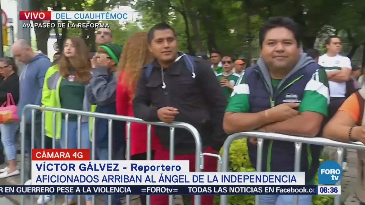 Aficionados de la selección mexicana llegan al Ángel de la Independencia