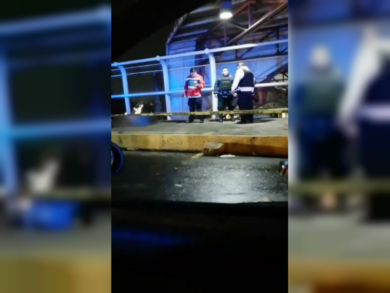 Matan a un hombre en entrada del Metro Nezahualcóyotl