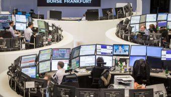 Cierre mixto de Bolsas europeas, índice STOXX crece 0.02%