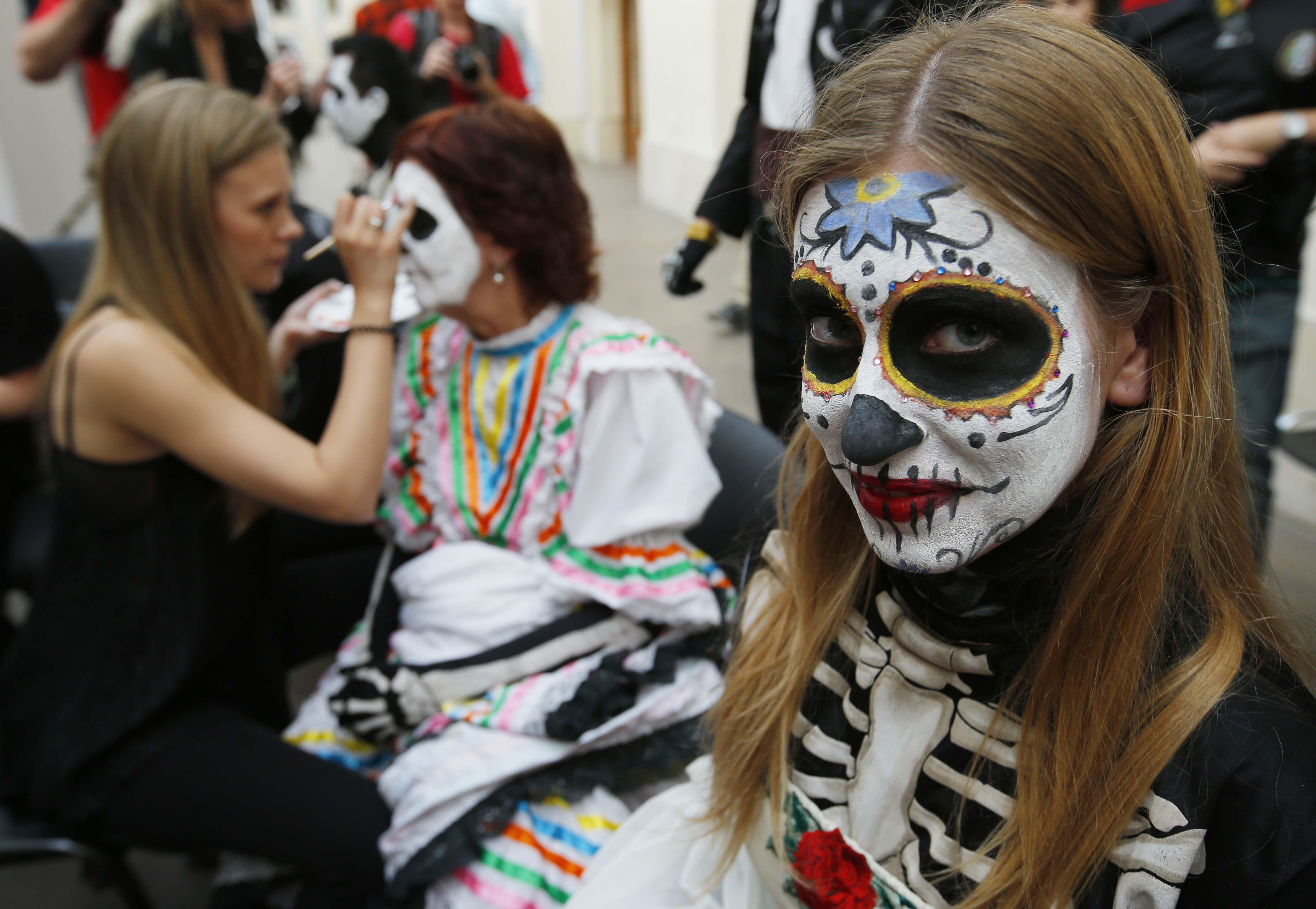 dia-de-muertos-desfile-rusia-moscu-mundial