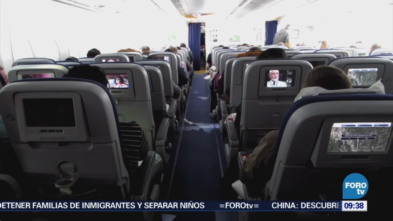 Extra Extra: Avión aterriza de emergencia por 'pasajero con mal olor'