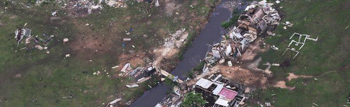 Hacer Medidas Seguridad Huracán Agua Autoridades Casa