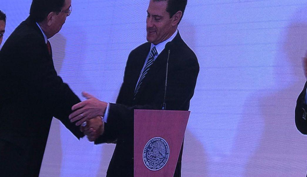 Inaugura Enrique Peña Nieto convención anual de Canacintra