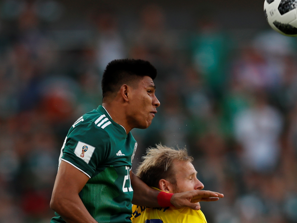 Gallardo recibe tarjeta amarilla más rápida de un Mundial
