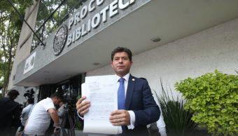 Diputado panista denuncia en PGR a Meade y López Obrador