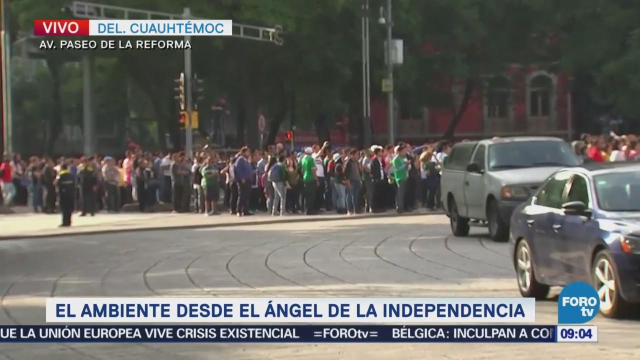 Llegan más aficionados al Ángel para ver partido de la selección mexicana