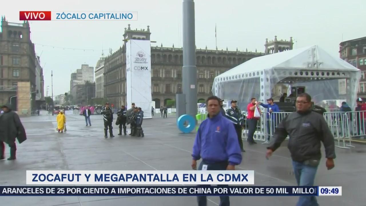 Asistentes Zocafut' Ven Partidos Pantalla 200 Metros Cuadrados