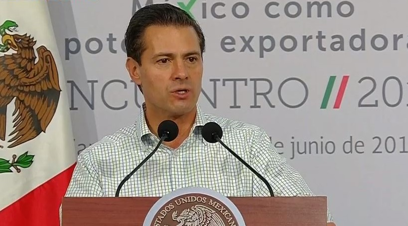 El presidente de México, Enrique Peña Nieto, aseguró que el país es una potencia exportadora de alimentos ante la SAGARPA y empresarios agro-alimentarios mexicanos
