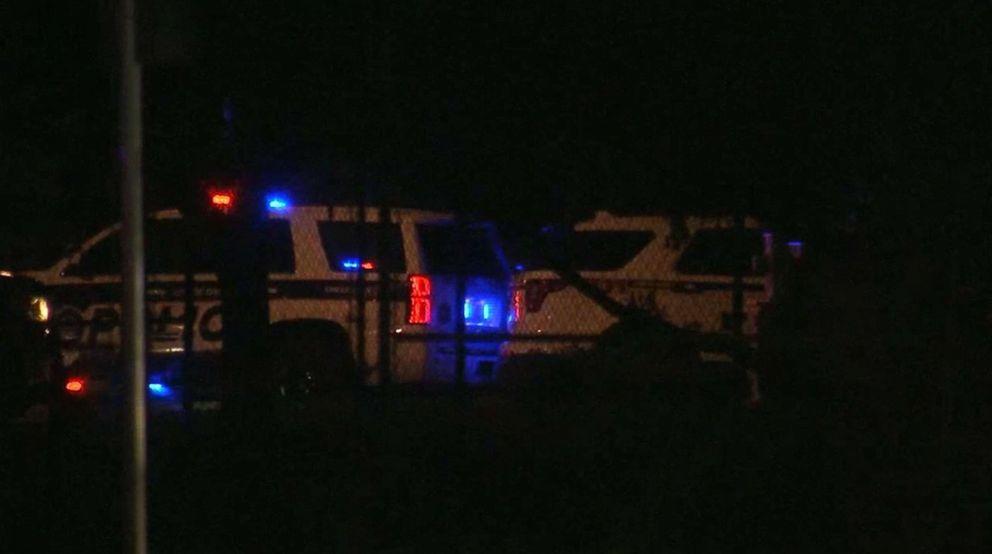 Hombre atrincherado mata a cuatro niños y se suicida en Florida