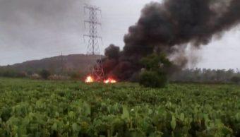Pemex controla fuga de combustible por acto vandálico en Axapusco, Edomex