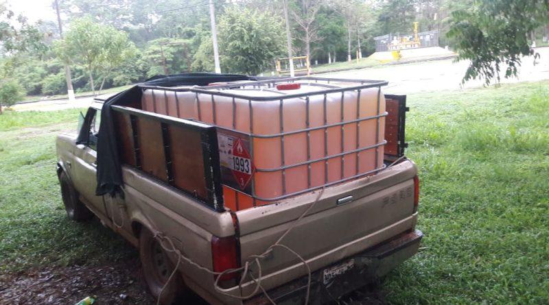 Policía de Oaxaca detiene a hombre con 2 mil litros