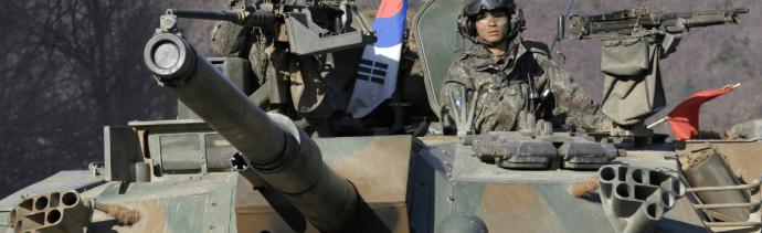 Seúl y Washington discuten la suspensión de maniobras militares