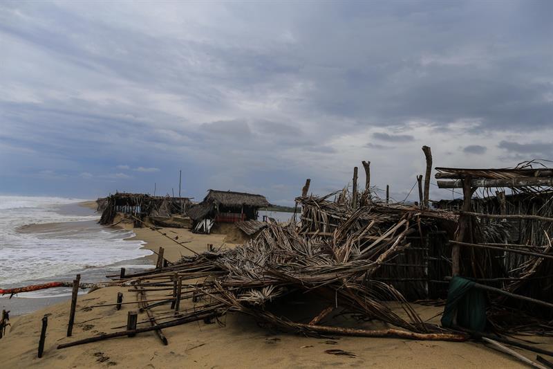 'Bud' avanza Los Cabos; afectaciones en costas Pacífico