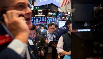 Wall Street fortalece ganancias por energéticos y bancarios