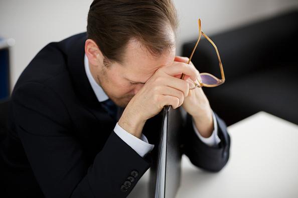 Estrés financiero de trabajadores afecta productividad