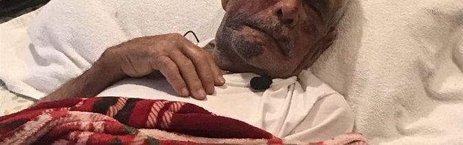 Atacan ladrillo mexicano 92 años Los Ángeles