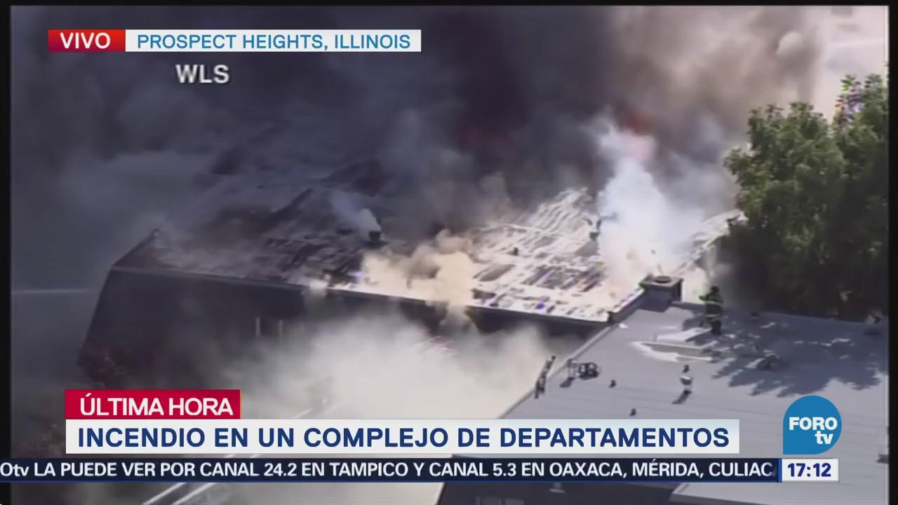 Bomberos Combaten Incendio Departamentos Chicago Estados Unidos