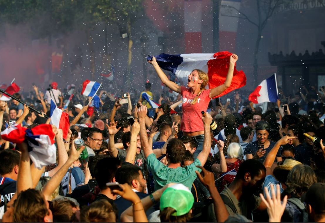 Francesas denuncian abusos sexuales durante festejos Mundial