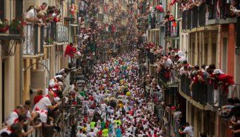 Primer encierro de San Fermín: rápido y peligroso